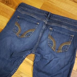 Hollister Skinny Jeans  Size 5R W 27 L 29